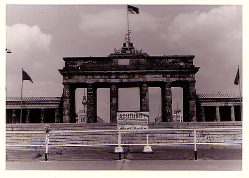 Berlin Wall 1973 Branderburger Tor