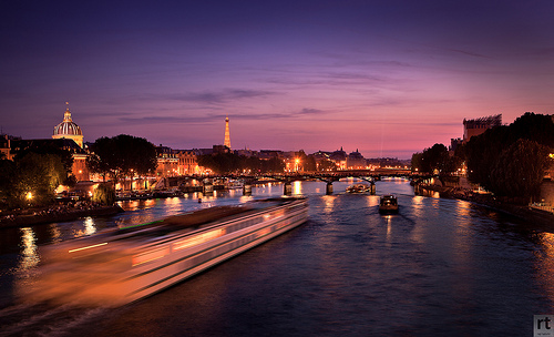 Seine River - Paris la Nuit